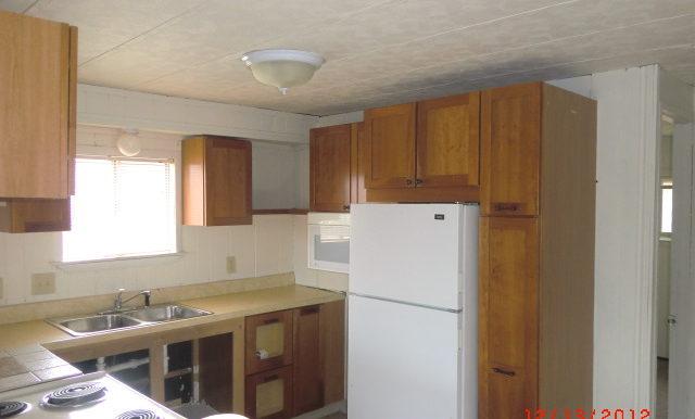 F4700 kitchen
