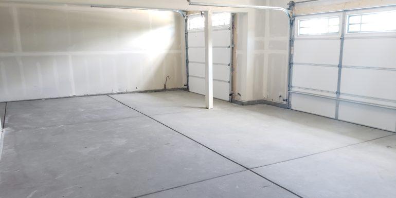 g1018 garage