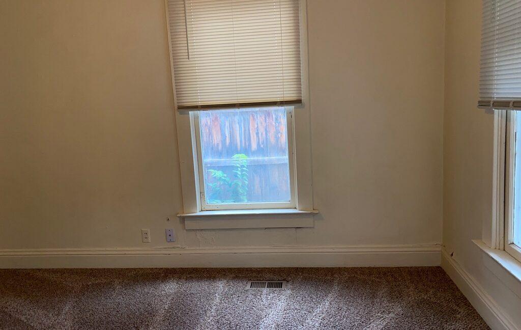 Living Room_2020-08-06 (1)